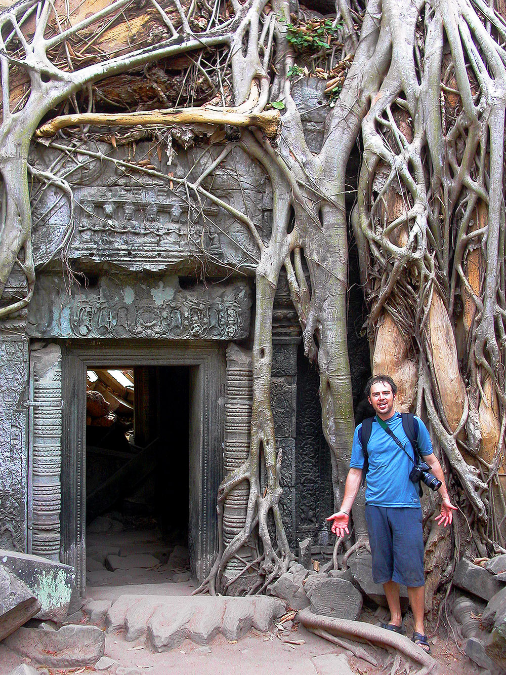 cambodia/ta_phrom_tree_door_brian