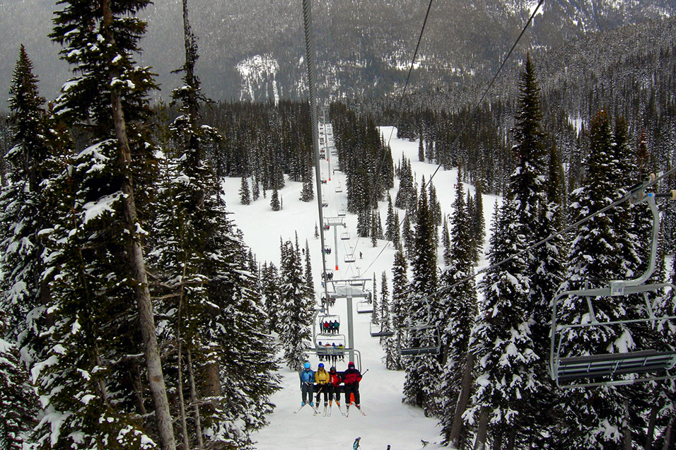 canada/whistler_chair_lift