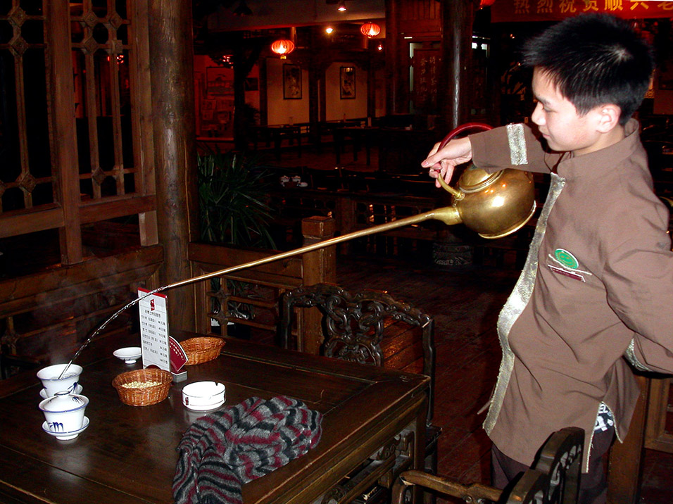 china/2004/chengdu_teahouse