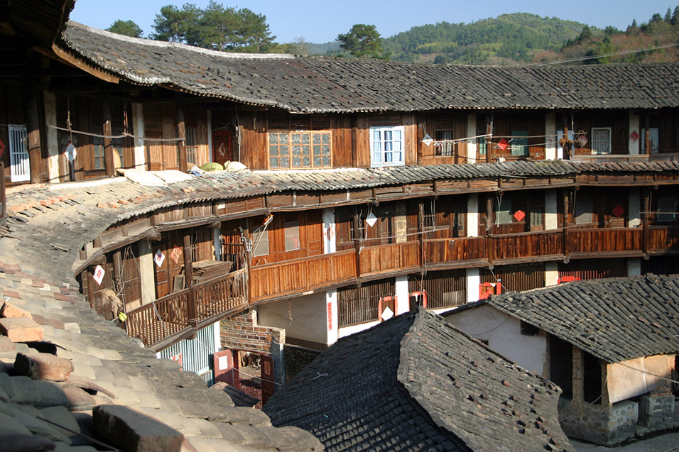 F 250 Ji 224 N Tǔl 243 U Hakka Communal Earthern Buildings 福建土楼
