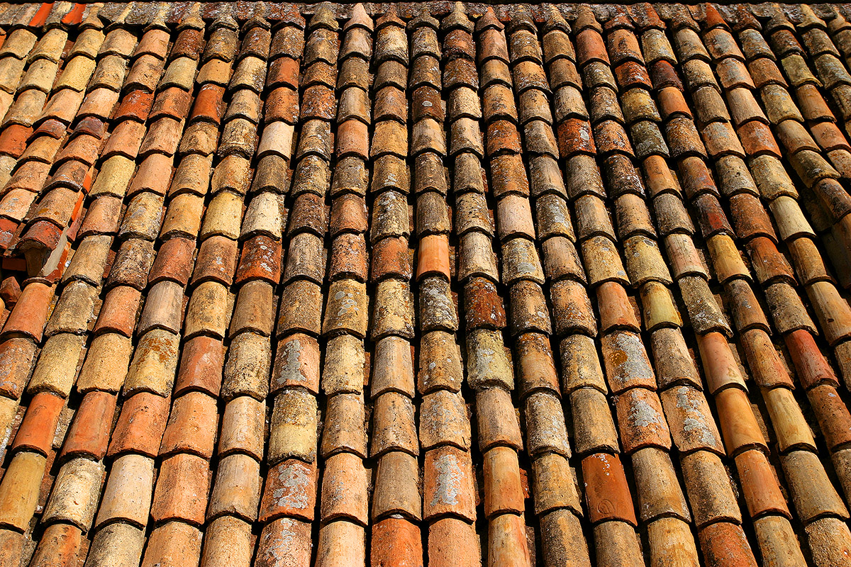 croatia/dubrovnik_roof_tiles