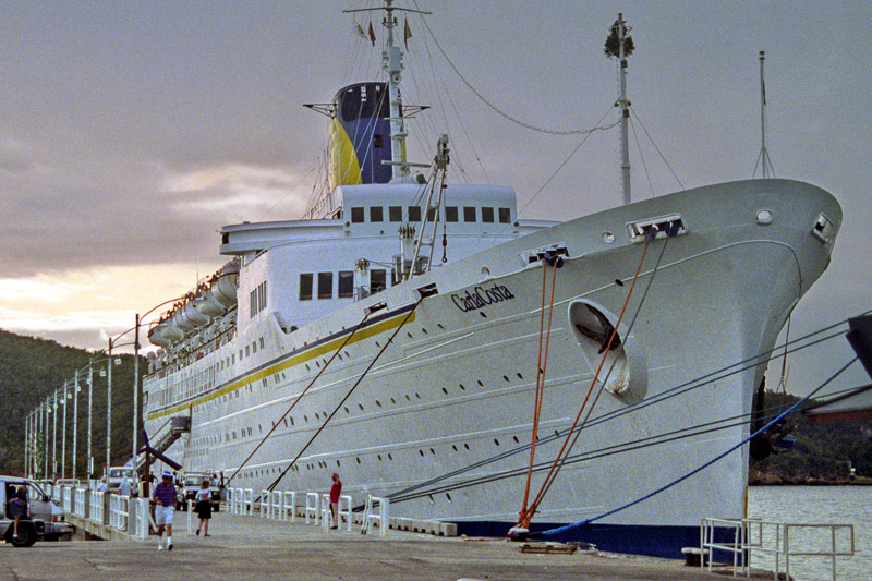 cruise_ships/star_princess_1991/carlacosta_1991