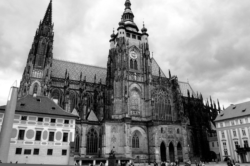 czech/prague_cathegral_bw