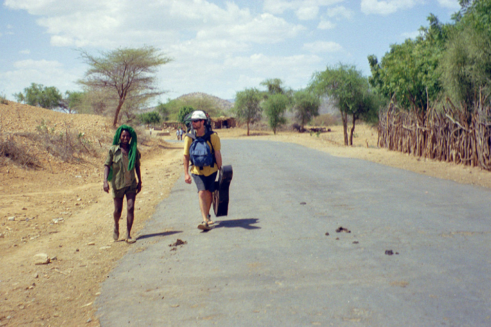 eritrea/border_brian_walking