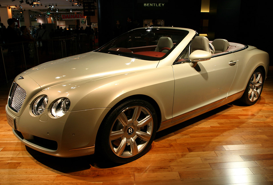 france/show_bentley_beige_better