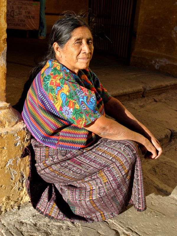 guatemala/antigua_elder_woman_sitting_vert