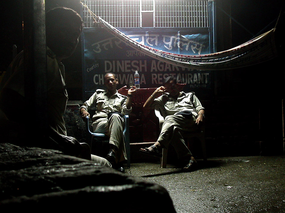 india/rishikesh_night_police