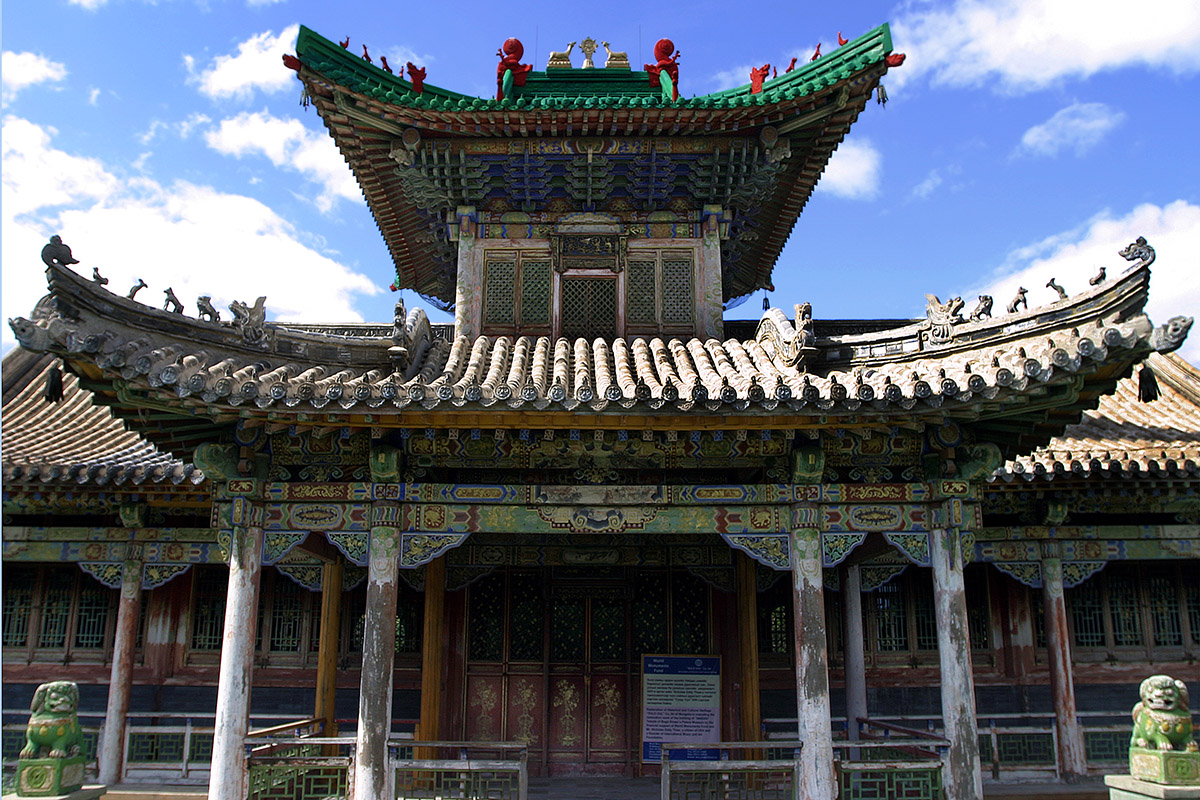 mongolia/ub_temple_front