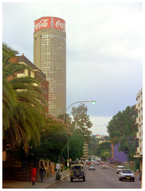 south_africa/joberg_downtown_leo