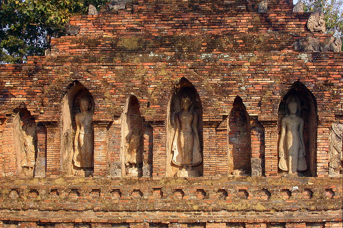 Chiang Saen Thailand  City new picture : Buddha images, Chiang Saen, Thailand — February 18, 2005