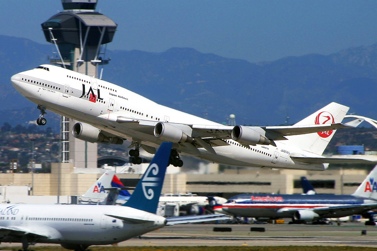 usa/los_angeles/lax_jal_takeoff
