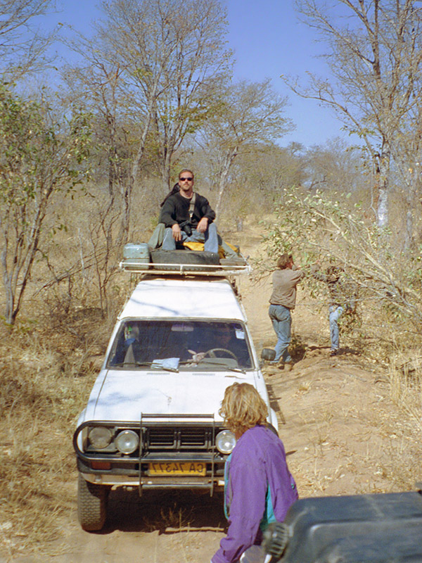zimbabwe/hwange_breakfast_bush_greg_chris_aren_brian_driving