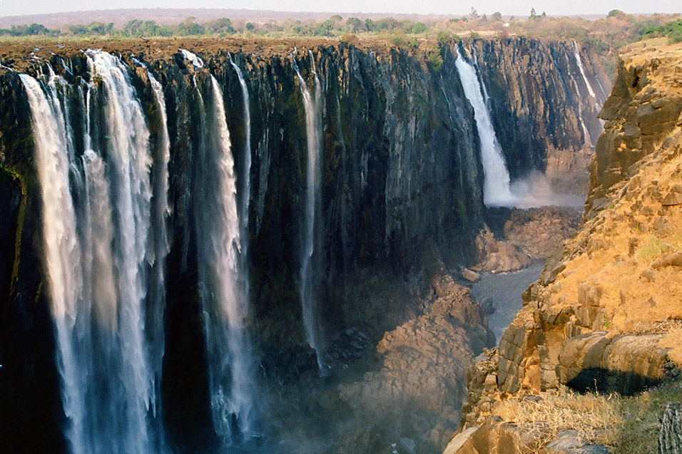 Victoria waterfalls zimbabwe best waterfall 2017 travel to victoria falls zimbabwe a world of wonders publicscrutiny Images